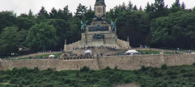 Eine Cabrio-Tour durch das Obere Mittelrheintal